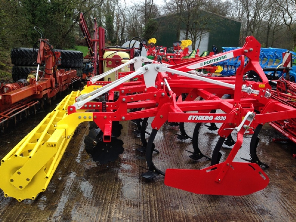 Pottinger Synkro Folding Stubble Cultivator thumbnail image